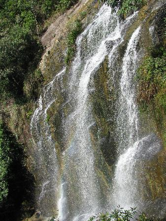 Qingyun Mountain Waterfall