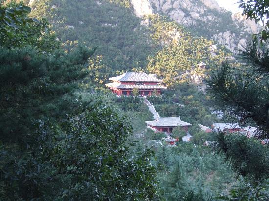 Chishan Fahua Temple: 法华院2