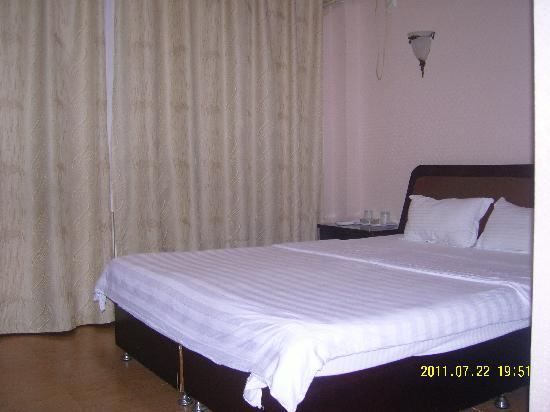 Runhui Hotel: SNC10025