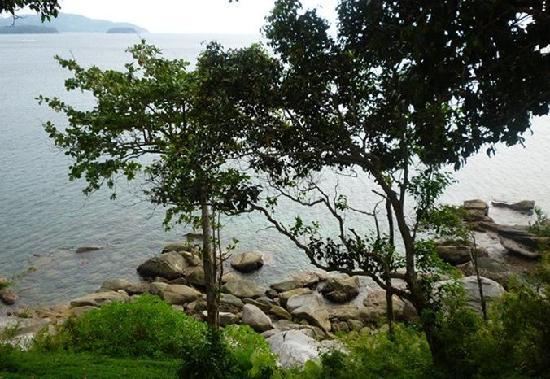 Secret Cliff Resort: 小崖上的海景