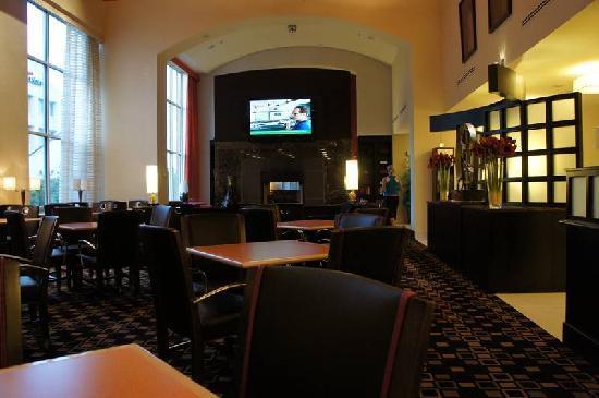 Hampton Inn & Suites Herndon-Reston: Hampton inn 6