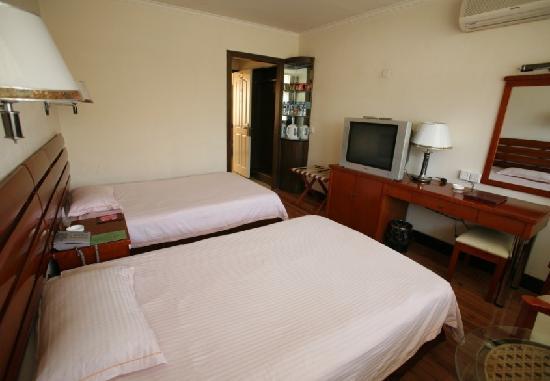 Dezhuang Hotel : 标准间