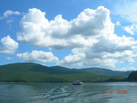 Jingpo Lake: 2