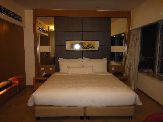 Somerset Riverview Chengdu: 舒服的大床!