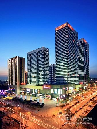 Jinshi Guoji Hotel: 夜景照片
