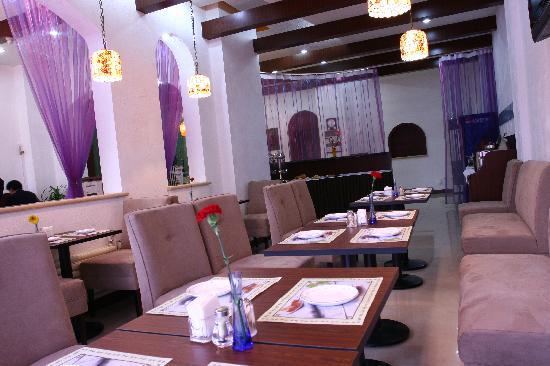 Letu Business Hotel: 早餐厅