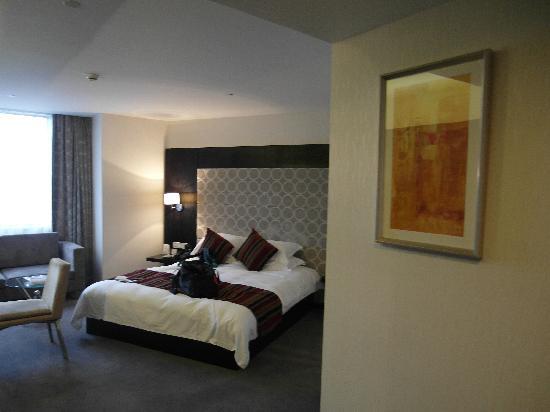 Shanghai Tianping Hotel: 床