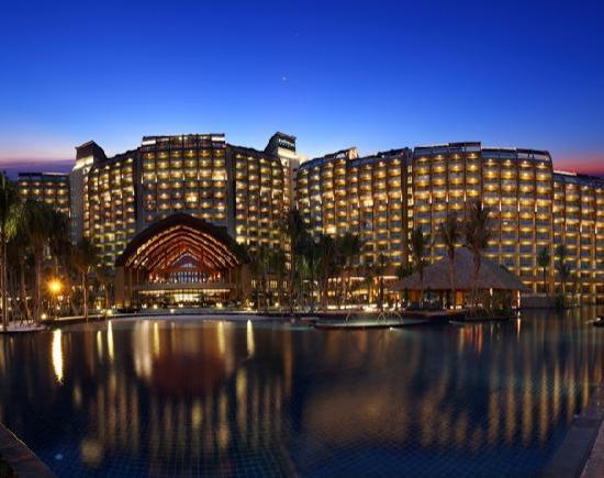 Pullman Oceanview Sanya Bay Resort & Spa: 酒店夜景