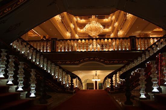 โรงแรมมาร์เดนพาเลซ: 从客房走向大堂