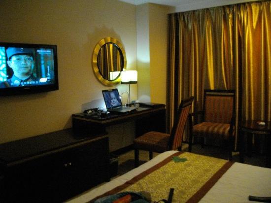 Parliament Grand Hotel: IMGP0005