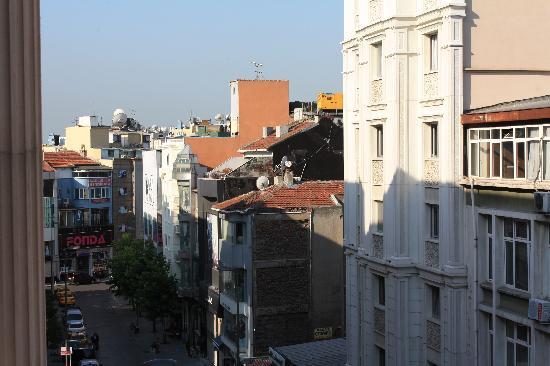 Grand Hotel Gulsoy: 从房间拍街景