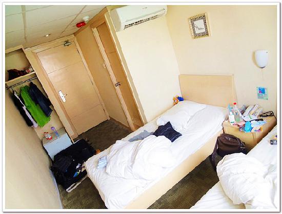Goodrich Hotel: 有小冰箱,吹风机