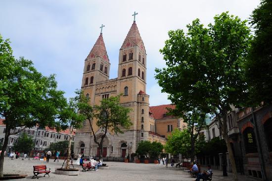 Qingdao Catholic Church: 3
