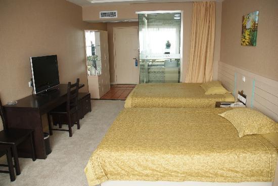 Qianshouyuan Digital Business Hotel: 普通标间
