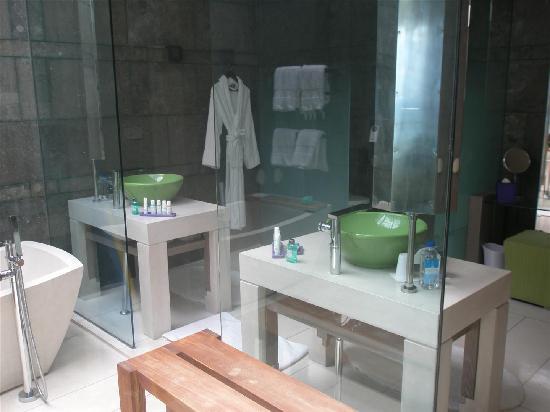 W Retreat & Spa Bali - Seminyak: P8100041