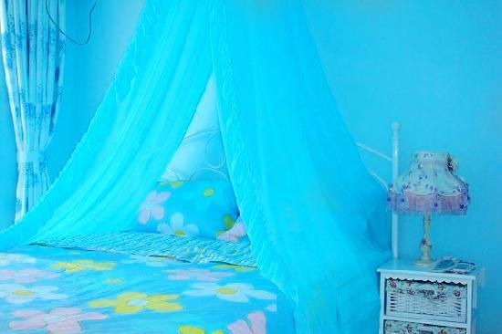 Xiaoshouyu Hostel : 蓝沫沫(阳台海景大床房)