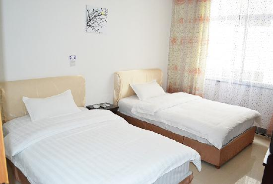 Xinjiayuan Hostel: 标间