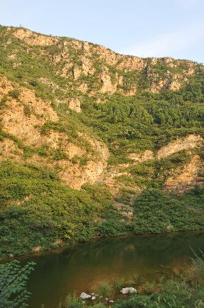 Natural Scenic Spots of Huyu