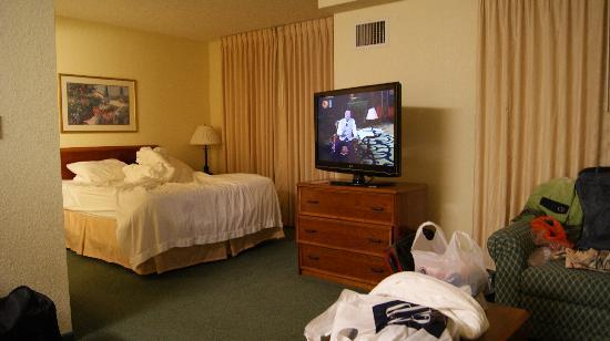 Residence Inn Newark Silicon Valley: 卧室