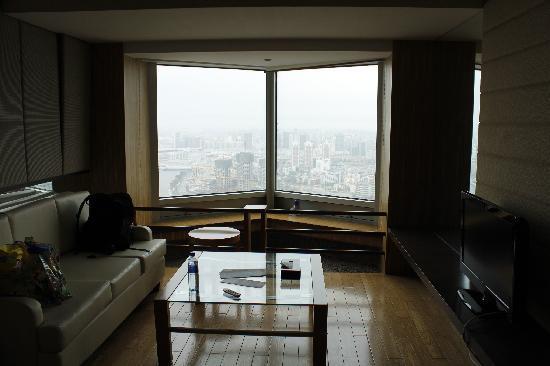 Xinda Square Apartment: 客厅