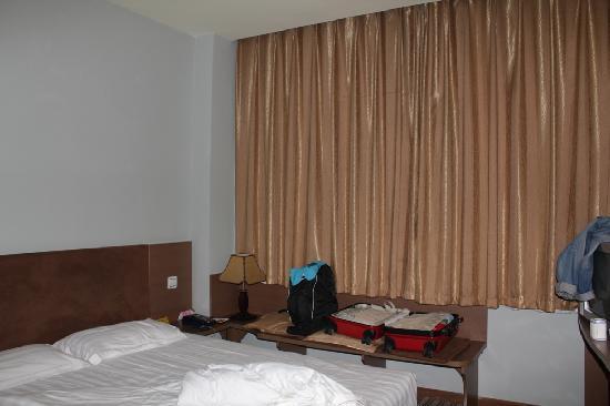 Ivy Holiday Inn: 卧室