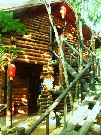 Huairou Mountain Bar: 外景