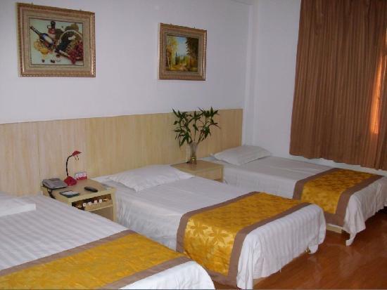 Yangzhou Rujia Hotel: 三人