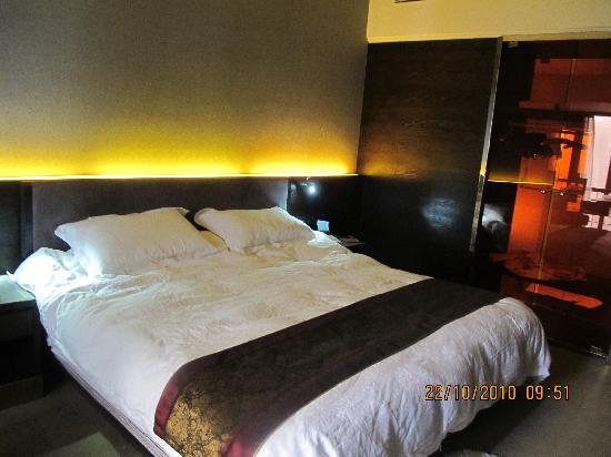 Jasmine International Hotel: 大床