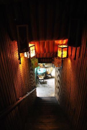 Mix Hostel: 楼梯间