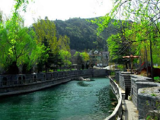 Huancui Valley Scenic Area