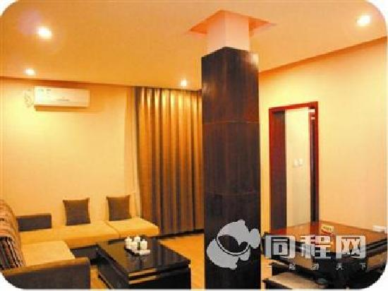 Huayin Kaiyuan Hotel: 客厅