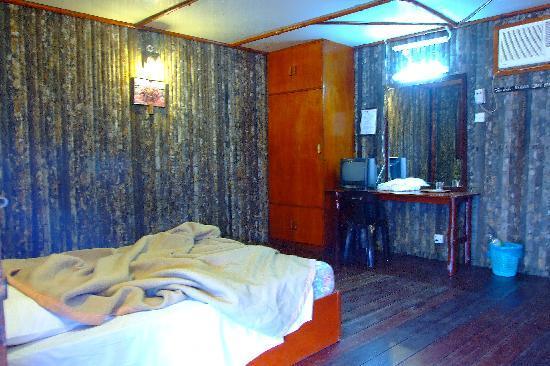 Dragon Inn Resort: 8