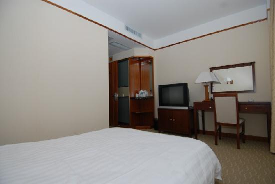 Xinzhuyuan Hotel: 标准单人间