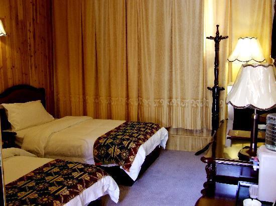 Dexin Hotel: DSCF0077