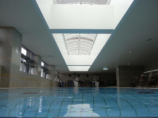 เดอะเวสติน ไทเป: westin taipei; swimming pool-fd0000