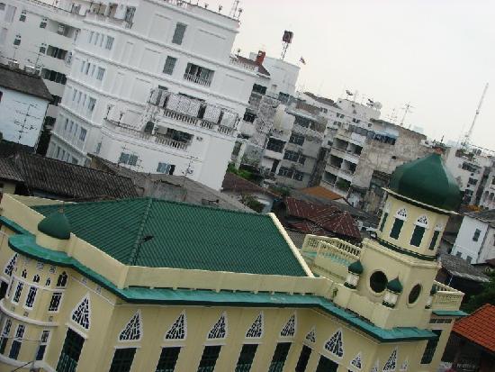 แดง เดิร์ม โฮเต็ล: 屋顶的风景