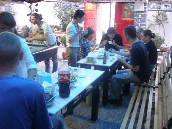 เดอะเจด เออมู อินเตอร์เนชั่นแนลเกสท์เฮ้าส็: 每周四的饺子宴