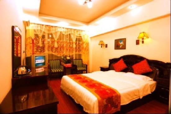 Shuxiang Hotel Mount E'mei: 大小