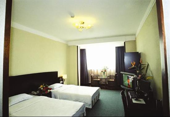 University Hotel: 1