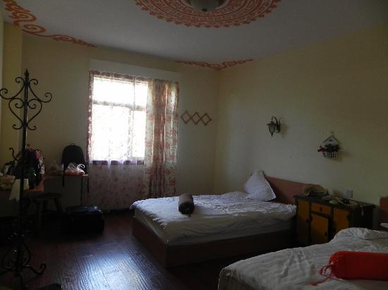 Gesang Huaxiang Hotel: 一楼房间