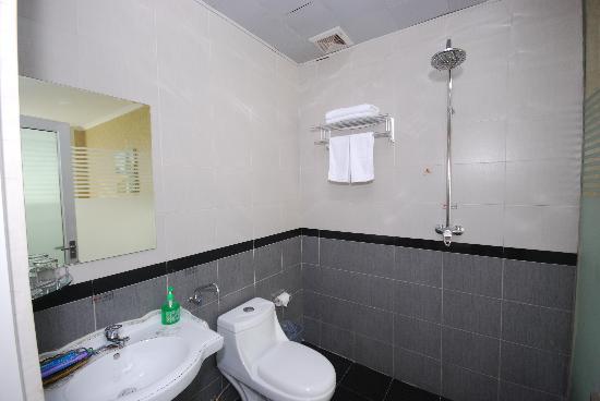 Bestway Hotel (Hongxing): 卫生间