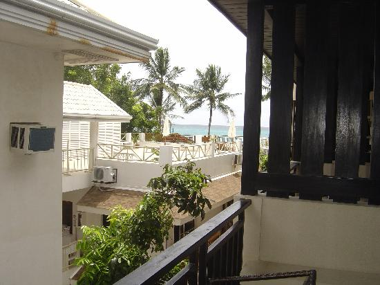 Two Seasons Boracay Resort: View from Superior Room NO. 305 balcony