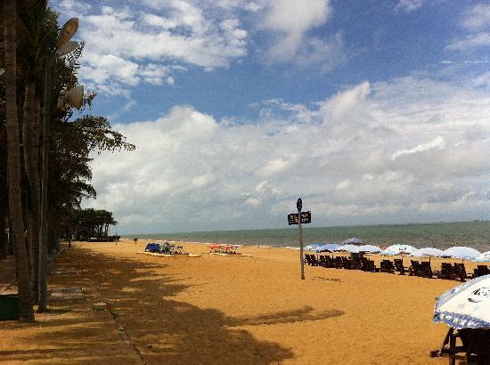 Jiari Beach: 左边海滩,win7的背景之一