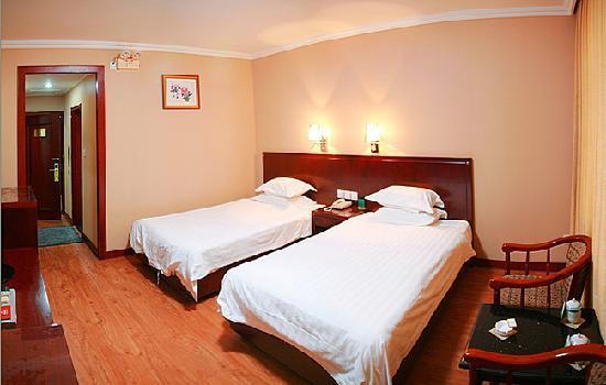 Tiandu Hotel: 普通标准间