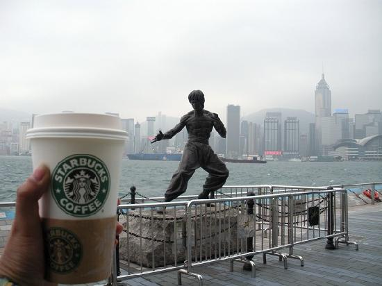 Bruce Lee Statue: HK 1124