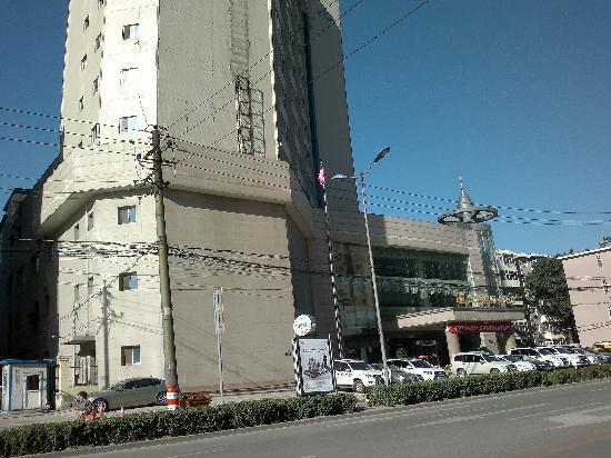 Qianjiang International Hotel: 外景