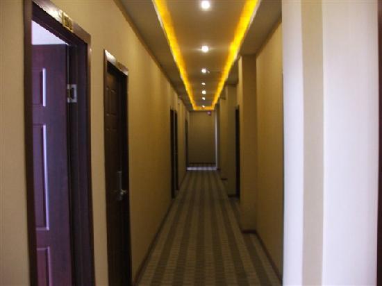 Tianyi Business Hotel: getlstd_property_photo