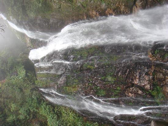 Jinggangshan Longtan Waterfall: DSC00935