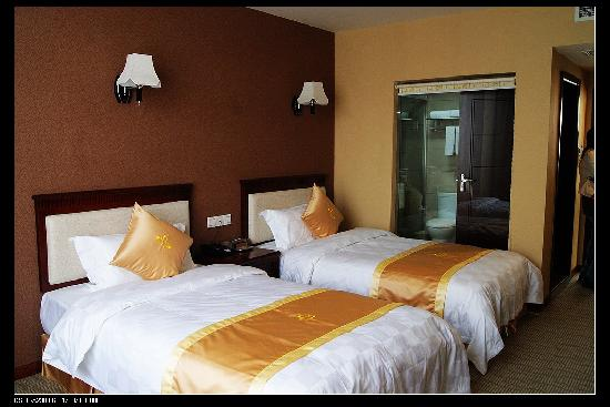 루저우 치안예 호텔