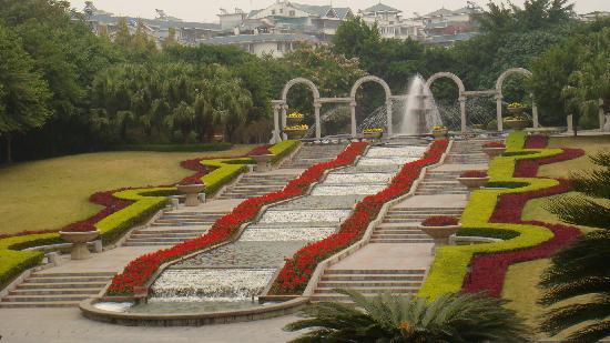 Jingjiang Wangcheng City: 漂亮的门帘